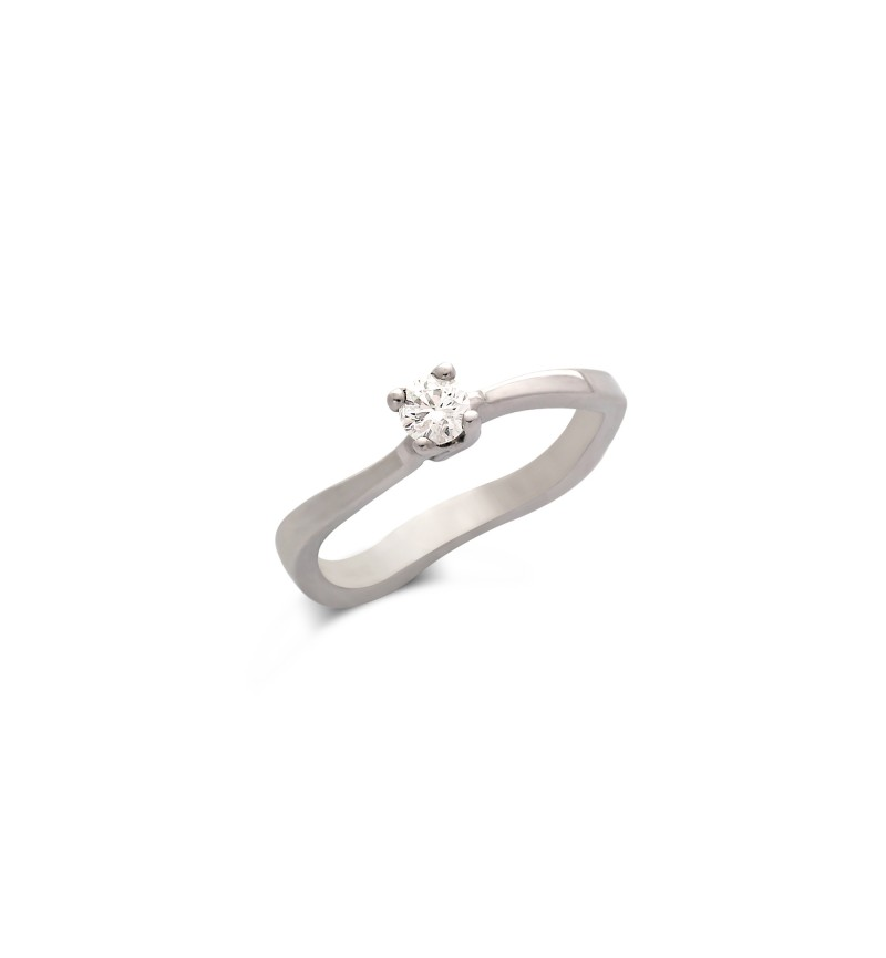 Diamond solitaire ring 462