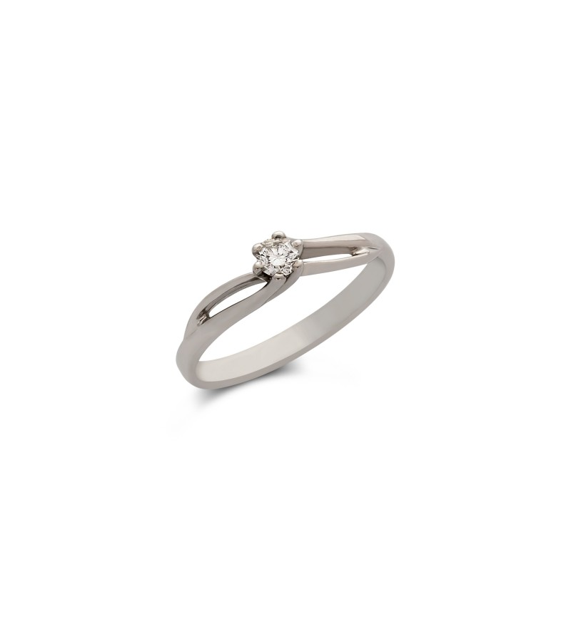 Diamond solitaire ring 588