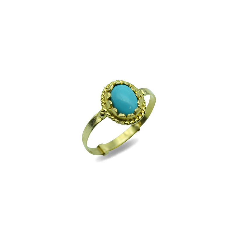 Ring blue oval stone
